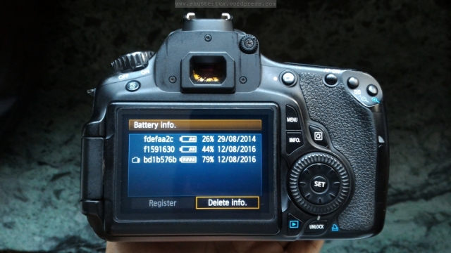 Canon DSLR Battery Monitor